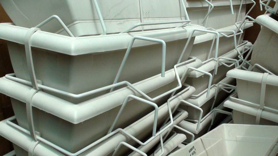 Jardineras balconeras vivers albogarden for Jardineras para balcones