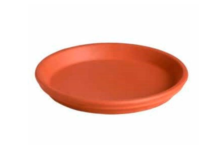 Platos de barro para macetas